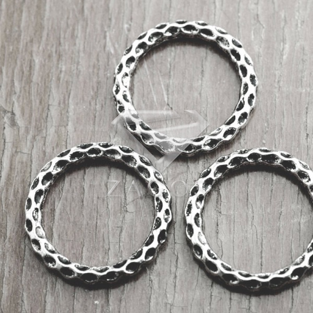 30Pcs Antique Silver Tibetan Silver Tone 24x24x4mm Ring Links Zinc Alloy Connectors Jewellry Making Findings TS3344
