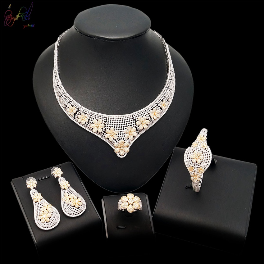 Yulaili 2018 Free Shipping Popular Top Quality AD Flower Design Brass 18 Karat Gold Color Zircon Jewelry SetsYulaili 2018 Free Shipping Popular Top Quality AD Flower Design Brass 18 Karat Gold Color Zircon Jewelry Sets