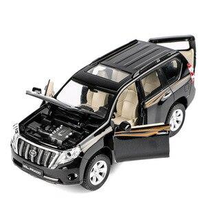 Image 1 - Modelo de aleación Toyota Prado 1:32 de alta calidad, juguetes de simulación para niños, modelo todoterreno, envío gratis