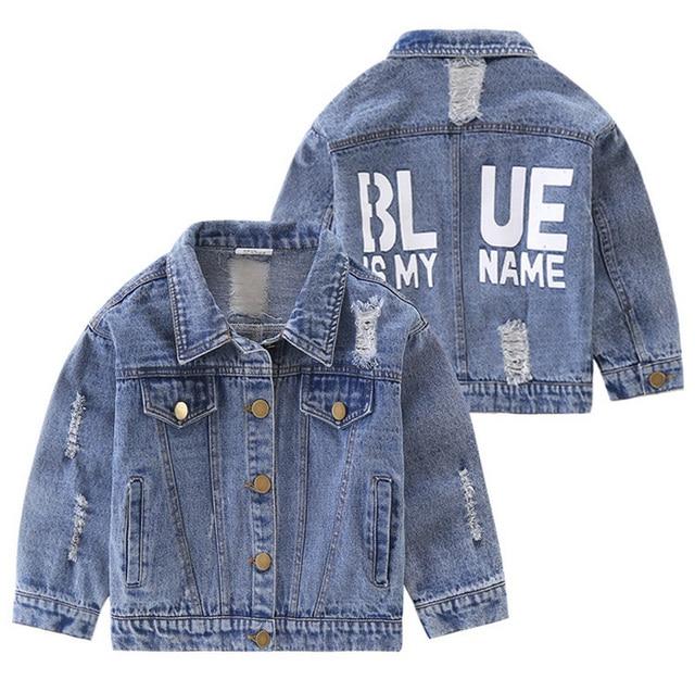 huge discount f8314 aa4cf US $21.9 |2017 Hot Aumumn bambini ragazzo della ragazza dei jeans strappati  cappotto lavaggio jeans bambini giacca ragazzo fashion design lettera ...
