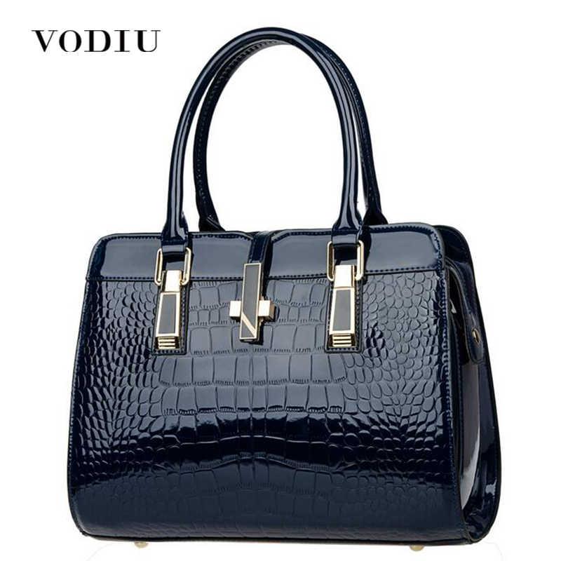 a5c6eee4689f Handbag Female Women Bags Leather Handbags Messenger Shoulder Bag Big Totes  Sling Bag Crocodile Pattern Lock