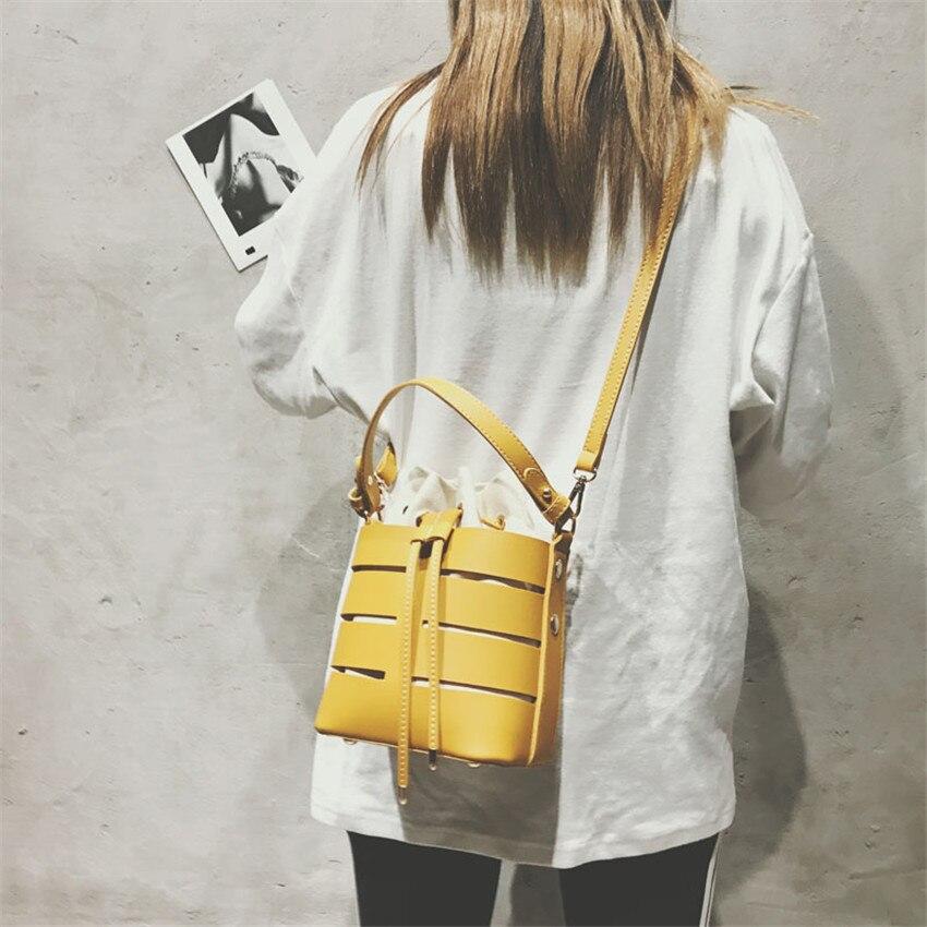 Women\'S Handbags Hollow Out Messenger Bags PU Leather Female Crossbody Bag Small Bucket Bags Femenino Bolsa