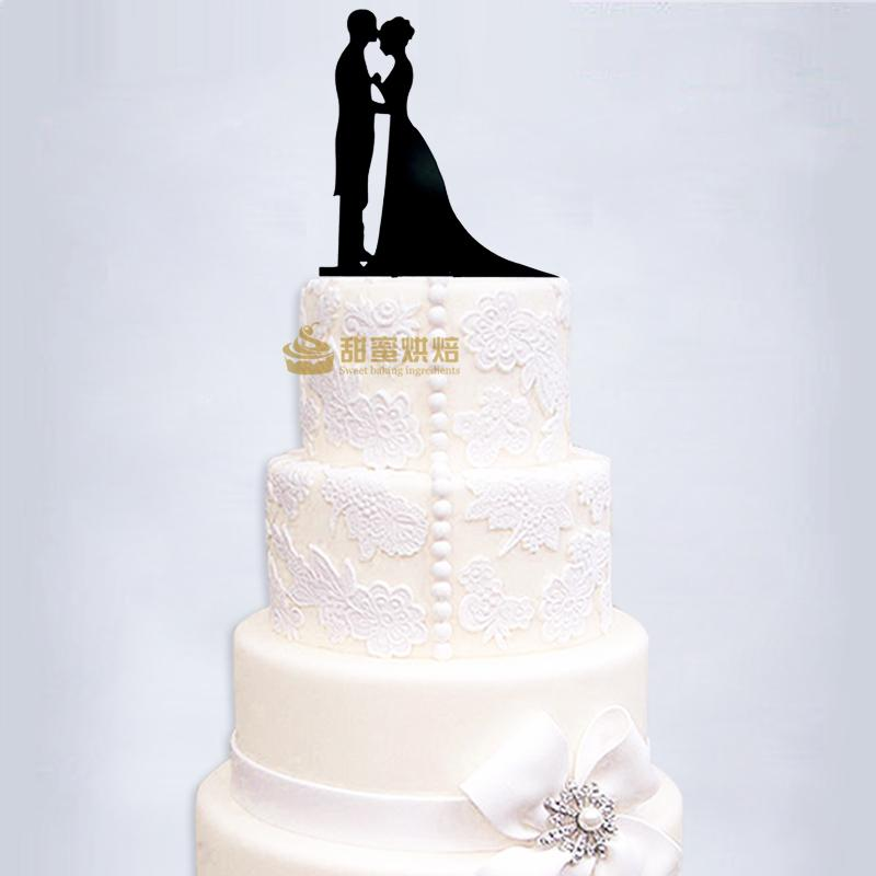 Modern Wedding Cakes: Modern Wedding Cake Topper With Last Name,Bride And Groom