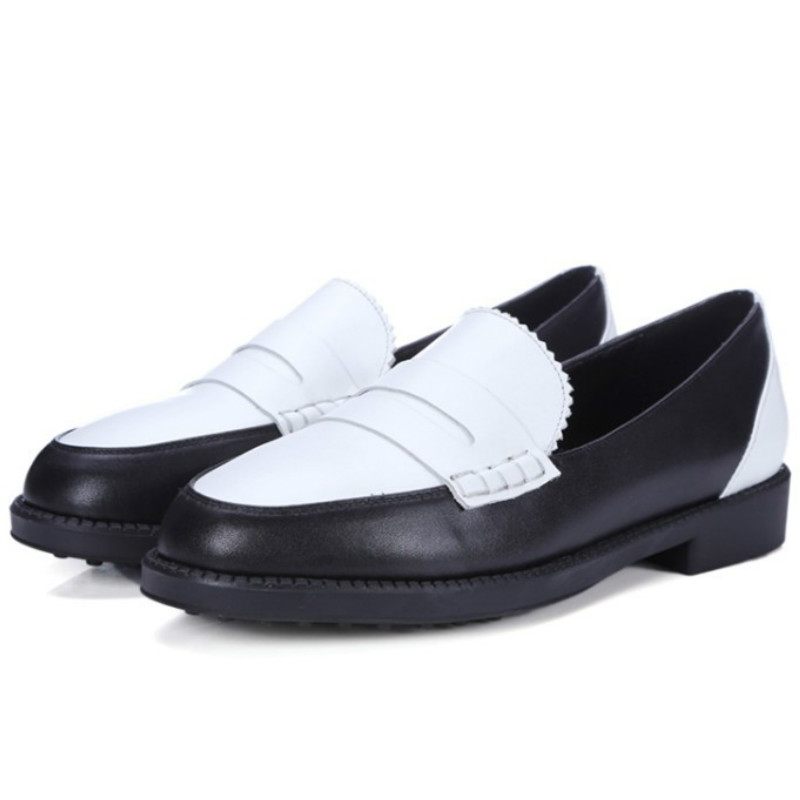 ФОТО top brand design women real cow leather low heels shoes 2017 black white mixed color slip on fashion woman spring casual loafers