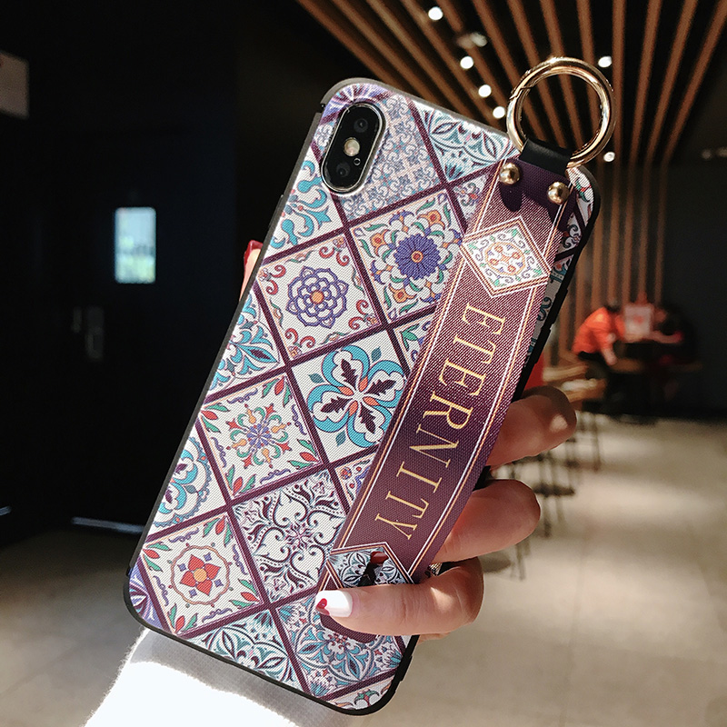 2 SoCouple Wrist Strap Soft TPU Phone Case For iphone 7 8 6 6s plus Case For iphone X Xs max XR Vintage Flower Pattern Holder Case