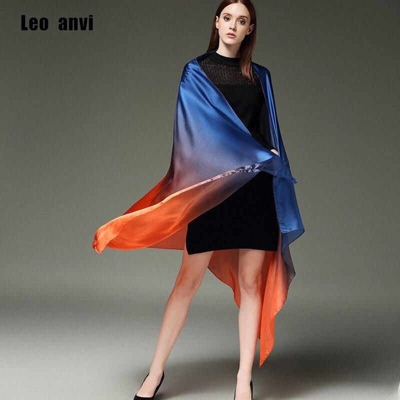 2018 vente chaude d été sarong femmes satin écharpe foulard femme châles en  soie et wraps grande taille 190 100 CM 8721454189c