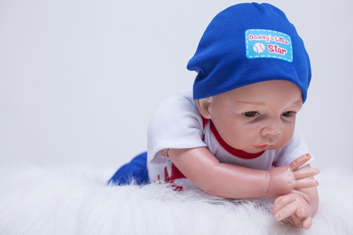 48cm bebe alive reborn bonecas handmade Lifelike Reborn Baby Doll Full Body Vinyl Silicone with Pacifier child gift in Dolls from Toys Hobbies