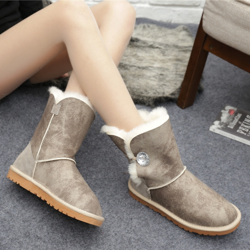 ФОТО women's snow boot  2016  natural  sheep fur cylinder lovely pure wool thickening warm waterproof fashion