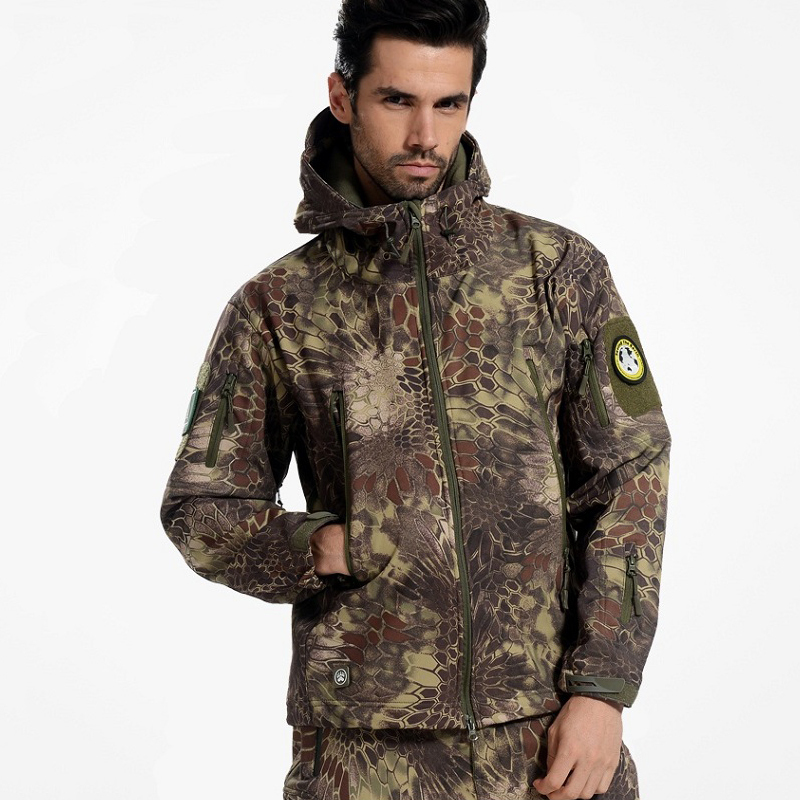 Tactical Snake Camouflage Army Jacket Men Military Shark V4.5 Waterproof Soft Shell Outdoors Jackets Fleece Camo Hunt Clothes hunting jackets waterproof camouflage hoodie men s army military outdoor soft shell tactical jacket military camo army clothing