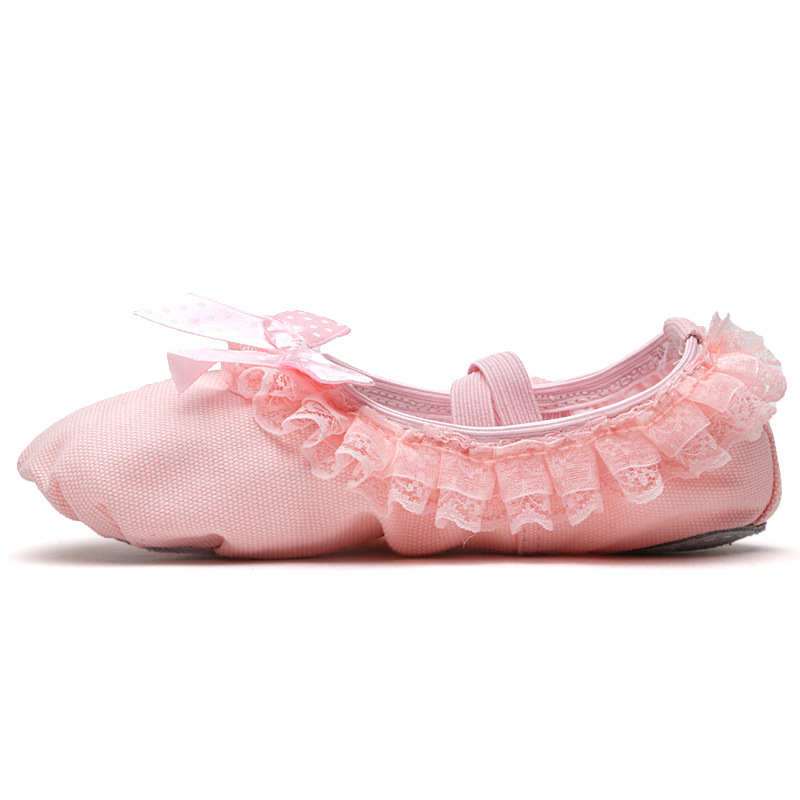 2019 Children Ballet Shoes Canvas Soft Flat Dancing Shoes Lace Design Top Quality Professional Ballet Slippers For Girl in Dance shoes from Sports Entertainment