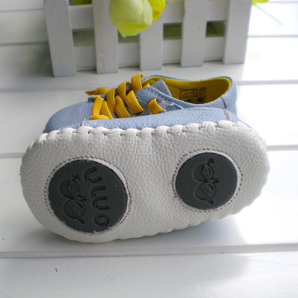 2017-OMN-Brand-Genuine-Leather-Shoes-Indoor-Baby-Shoes-Boys-Girls-Soft-Anti-skid-Toddler-Shoes-Fashion-Light-Blue-First-Walkers-2