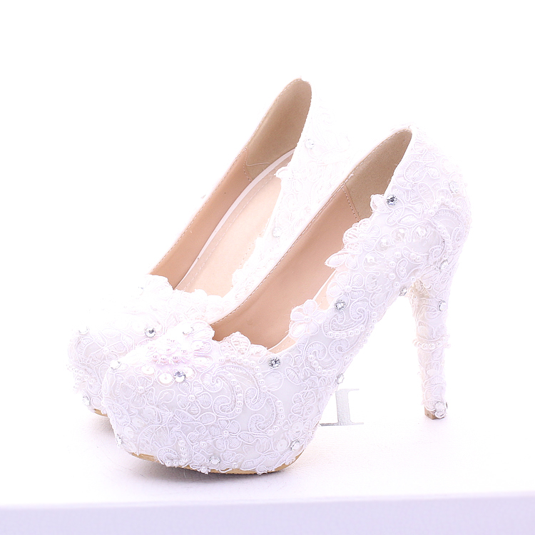 ФОТО 2017 The New White Lace Wedding Shoes Super Waterproof High Heels Dress Shoes Asakuchi Shoes Beads Diamond Bride Shoes Pumps