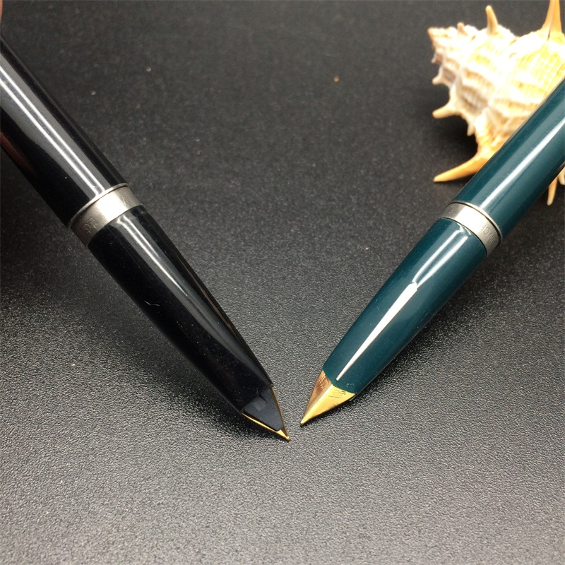 Классический герой 240 чернильная ручка для обучения, офиса, школы, канцелярские принадлежности, Подарочная роскошная ручка для отеля, бизнес, авторучка, цвет отправляется случайным образом