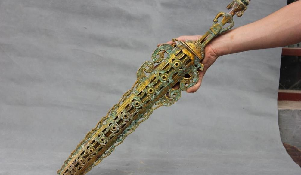 25 Chinese Folk Collect old Bronze Copper Gilt Warrior General font b Knife b font Sword