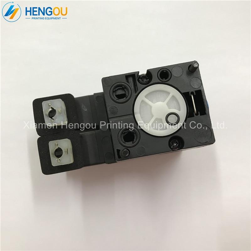 1 Piece Import heidelberg printing machine parts solenoid valve M2.184.1131/05 for heidelberg SM102 CD102 machine 1 piece heidelberg sm102 cd102 cylinder gripper printer parts gripper pad