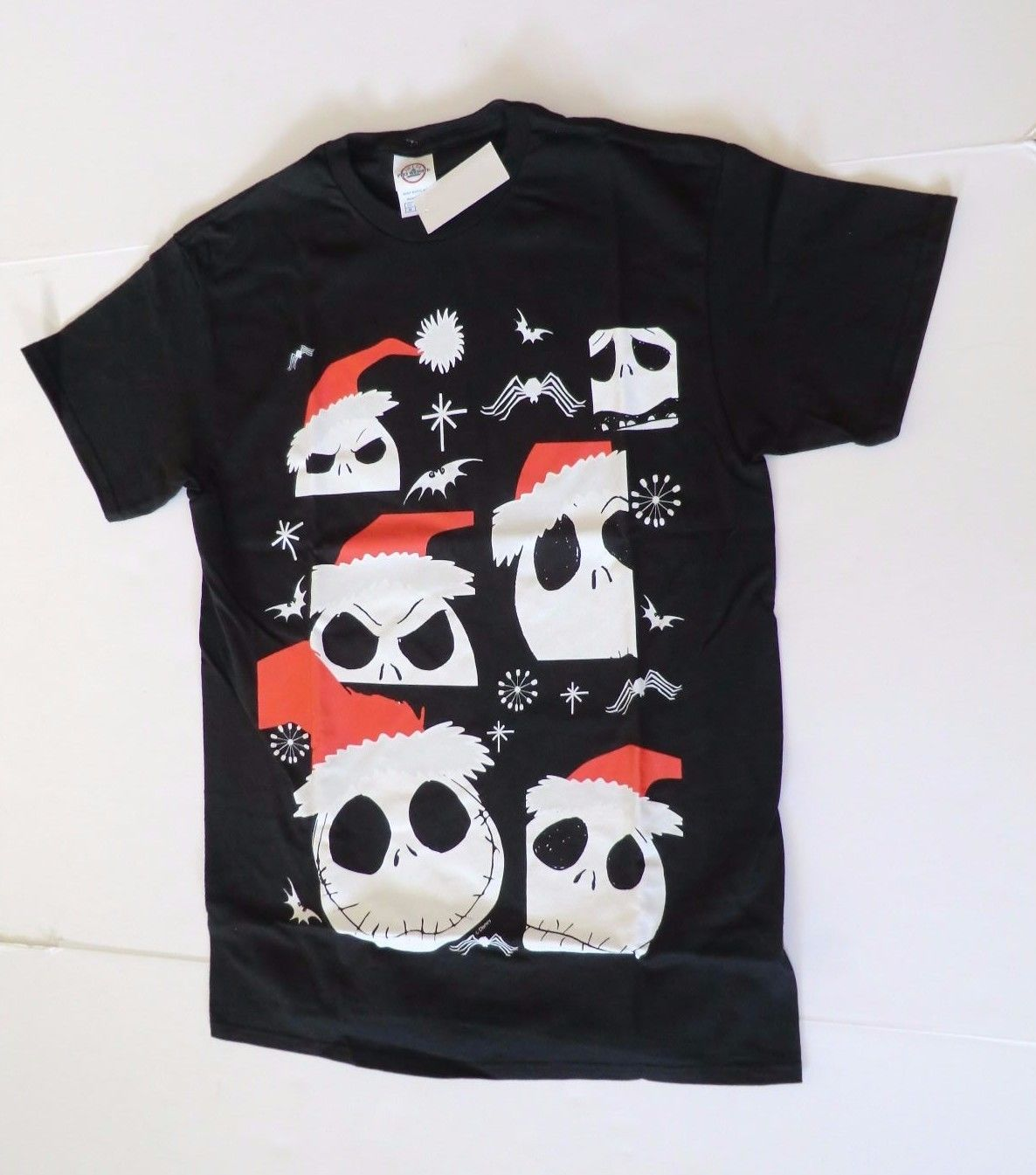 Nightmare Before Christmas Shirt Mens Large New Many Heads Santa ...