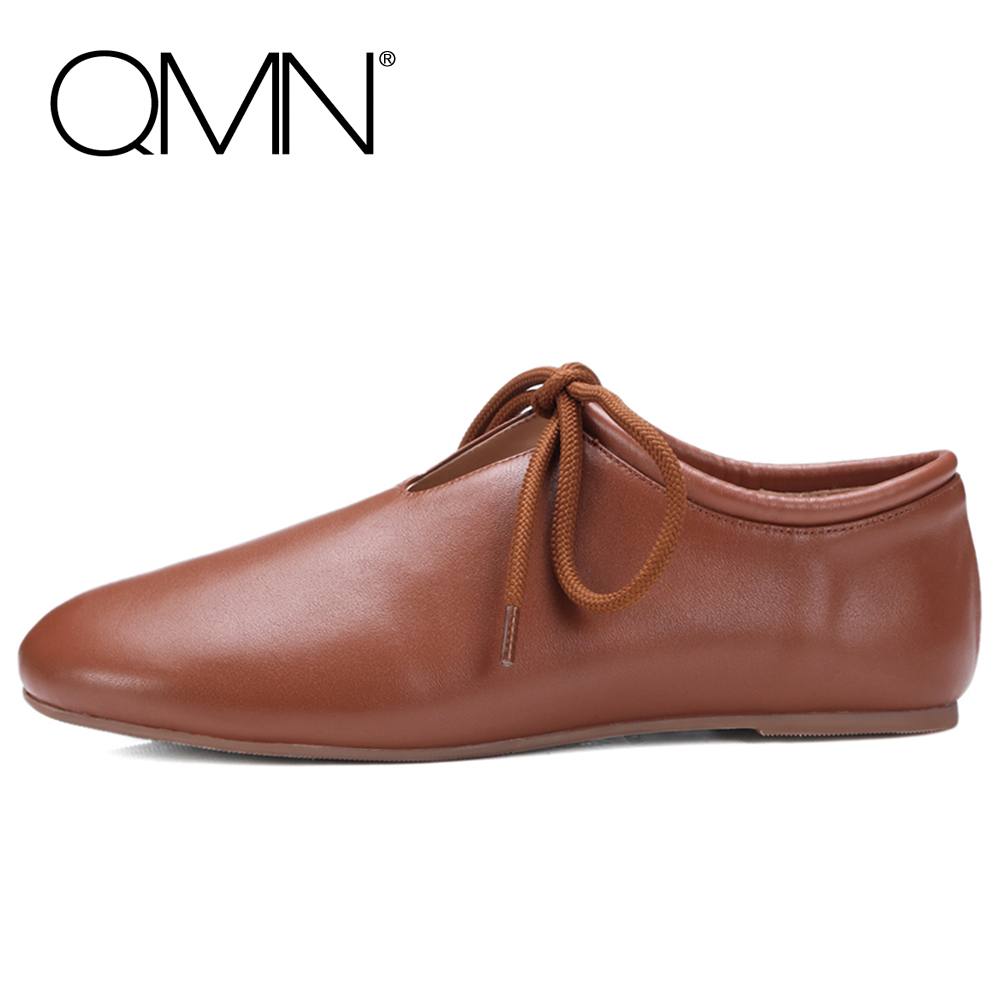 QMN women genuine leather flats Women Glossy Leather Round Toe Lace Up Leisure Shoes Woman Super Soft Basic Flats 34-39 qmn women crystal embellished natural suede brogue shoes women square toe platform oxfords shoes woman genuine leather flats