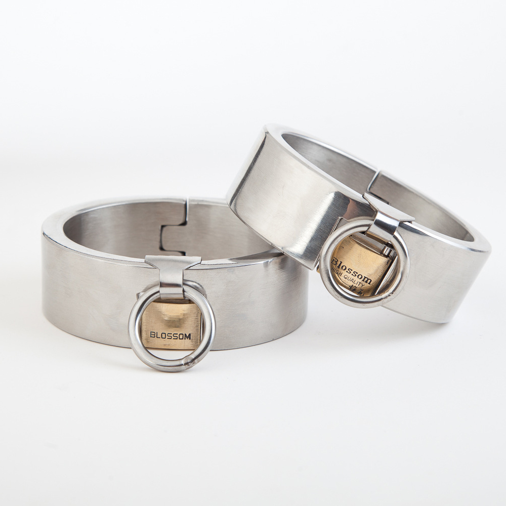 Top stainless steel male ankle cuffs metal bondage legcuffs bdsm fetish slave restraints shackles sex tools for adult games metal leather bondage harness leg irons ankle cuffs adult games bdsm fetish slave restraints sex toys shackles sex products