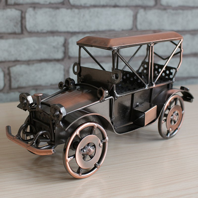 Retro Style Vintage Car Iron Art Awesome Metal Craft Vintage Car Modern Home & Bar Decoration Nice Gift To Friends & FamiliesRetro Style Vintage Car Iron Art Awesome Metal Craft Vintage Car Modern Home & Bar Decoration Nice Gift To Friends & Families