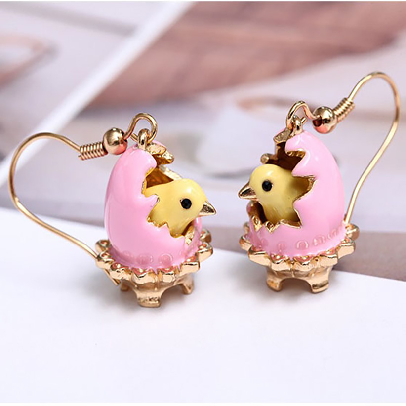 Juicy Grape New Hand Painted Enamel Glazed Broken Egg Shell Fashion Earring For Women With Hook 2019 Women Stud Earrings Jewelry