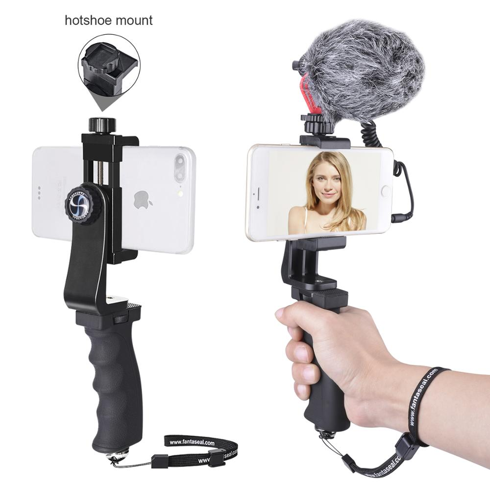 Cellphone Video Rig Audio Recorder Microphone w/ Windshield Furry Hand Grip Stabilizer for iPhone XS MAX XR 6 5 Huawei P30 P20Cellphone Video Rig Audio Recorder Microphone w/ Windshield Furry Hand Grip Stabilizer for iPhone XS MAX XR 6 5 Huawei P30 P20
