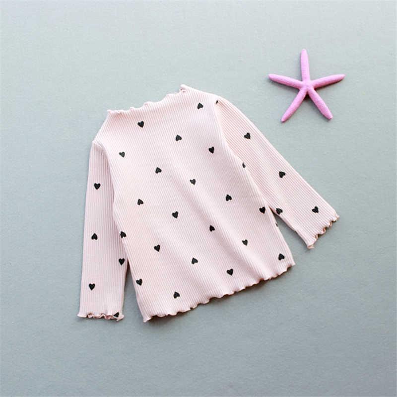 Новинка 2018 года, зимняя футболка с длинными рукавами и круглым вырезом с сердечками для маленьких девочек джемпер хлопковая Детская футболка с длинными рукавами