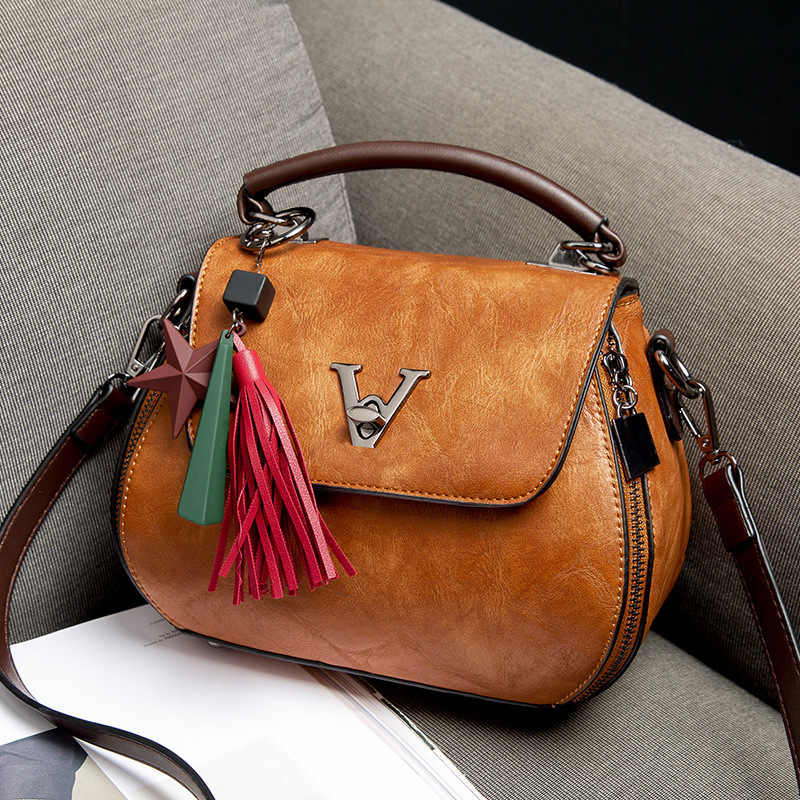 2018 Vintage Woman Geometry Small V Style Saddle Luxury Handbags Crossbody For Women Famous Brands Messenger Bags Designer Louis