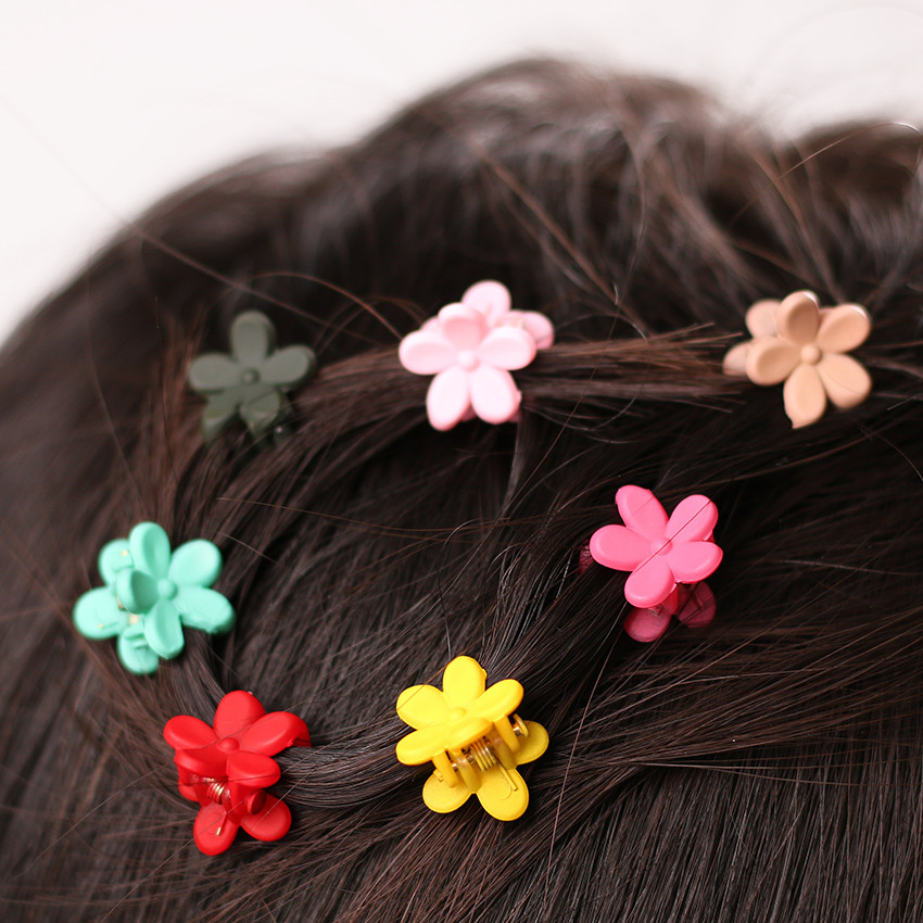 HTB1Wp2kOXXXXXbiaXXXq6xXFXXX1 Cute Girls Multicolored Small Flowers Fashion Clip Clamps - 16 Colors