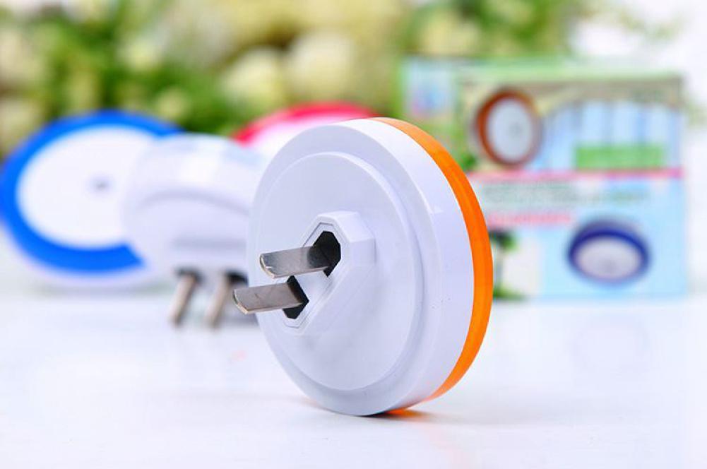 AKDSteel Smart Light-control Sensor LED Night Light for Kids Baby Room, Bedside,White
