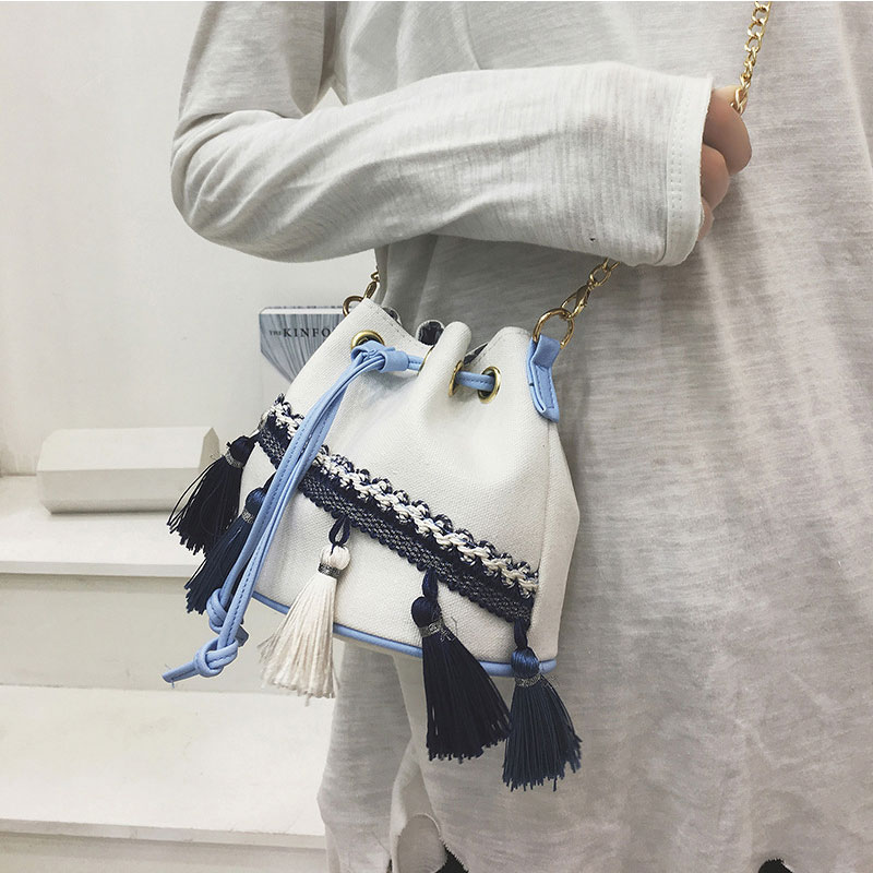 e8e39e090427a Folk Style Fringe Women Bag White Bucket Bag Drawstring Tassel Shoulder  Contrast Color Small Bag Chain Crossbody Bag Bolsa Canta-in Shoulder Bags  from ...