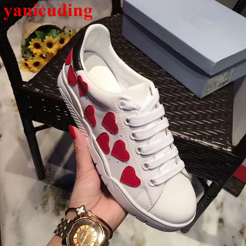 New Hot Women Flats Round Toe Casual Shoes Front Lace Up Low Top Shoes Woman Sapato Feminino Glitter Red Pattern Decor Shoes pointed toe flats women 2017 summer shoes gladiator flats cross tied sandals lace up low heel to wear woman close toe