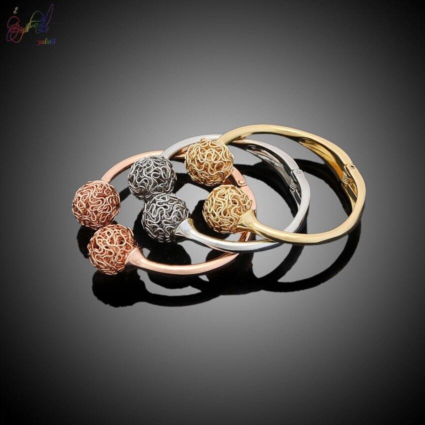 YULAILI 2018 nouveauté alliage matériau trois tons couleur or Bracelets Bracelets pour femmes
