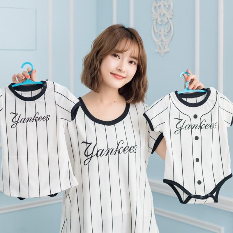 Груди-Кормление родитель-ребенок Мама + Платья для маленьких девочек/Мама + для маленьких мальчиков ткань корейский Повседневное до колена ...