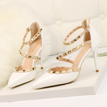Sexy Pointed Toe Rivet High Heels Women Pumps Thin Heels Ladies Shoes Fashion 2019 Spring Summer Platform White Dress Shoes New