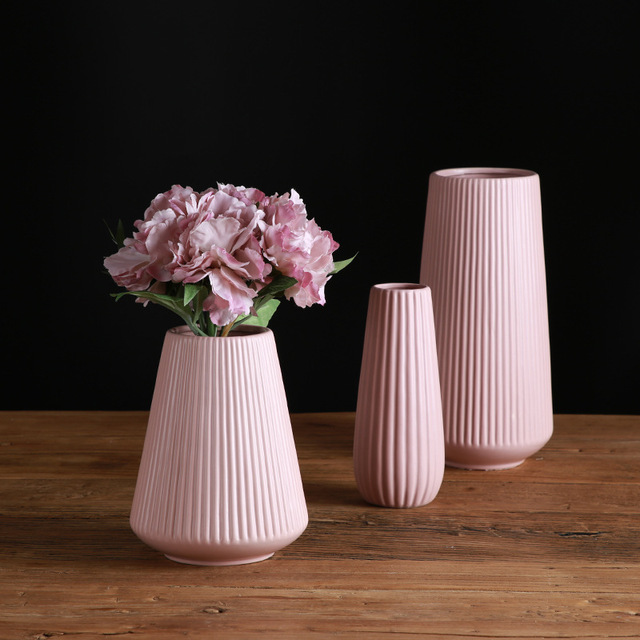 Classic Mediterranean Ceramic Vase Nordic Modern Simple Ceramic Vase Home Flower Inserter Creative Decoration 3