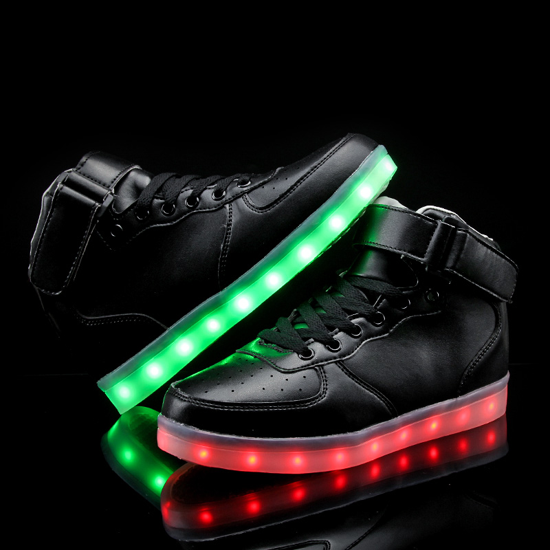 Uşaqlar üçün yüksək ayaqqabılar 7 Rəngli LED işıqlar, USB - Uşaq ayaqqabıları - Fotoqrafiya 4