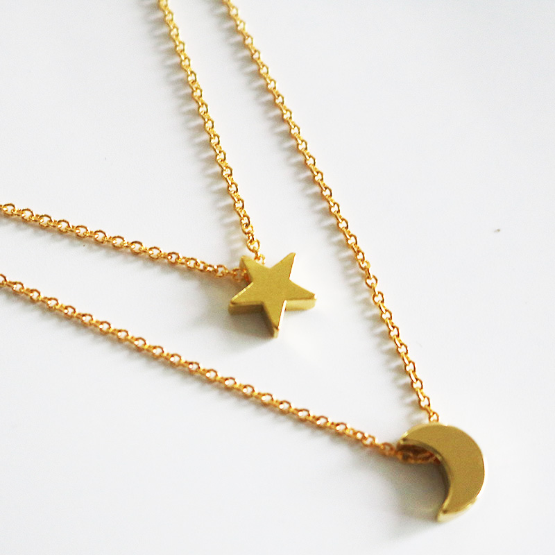 Super 2017 New Hot Sale Moon Star Pendent Necklaces for Women Fashion  FL26