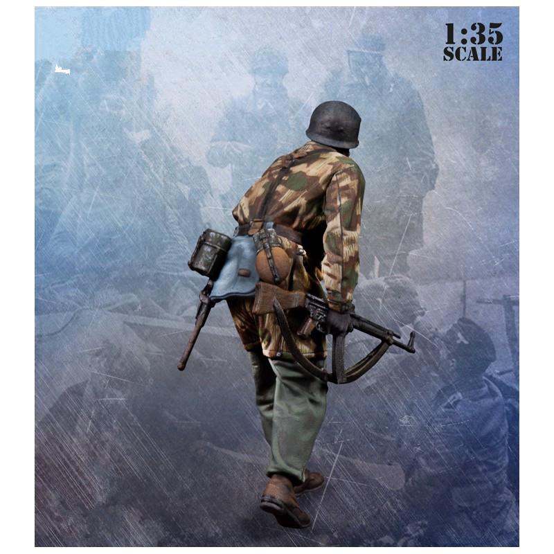 1:35 Scale WW2 German Soldiers High Quality Resin 2 Figures