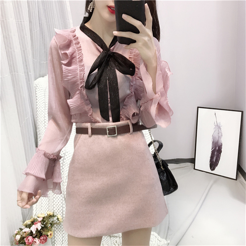 Women Blusas 2018 New Bow Collar Flare Sleeves Fairy Blouse Bright Silk Sweet Girls Shirts Fashion Elegant Chiffon Ladies Tops