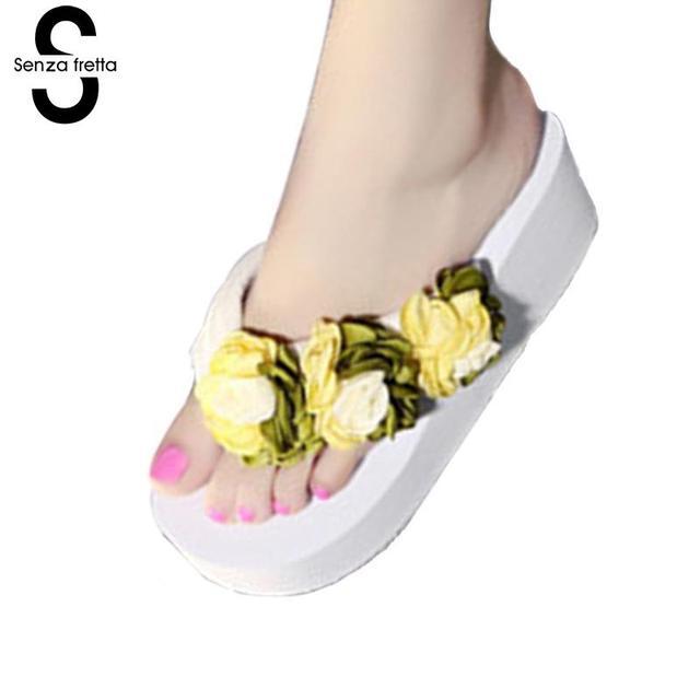 99afe8fdf Senza Fretta Flip Flops Women Flower Casual Flip Flops Flowers Sandals  Female Candy Color Beach Slippers 6.5cm Pantufa Feminina