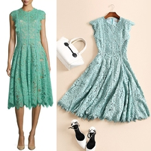 The new spring and summer 2017 fashion dress big neck sleeveless lace dress catwalk dress