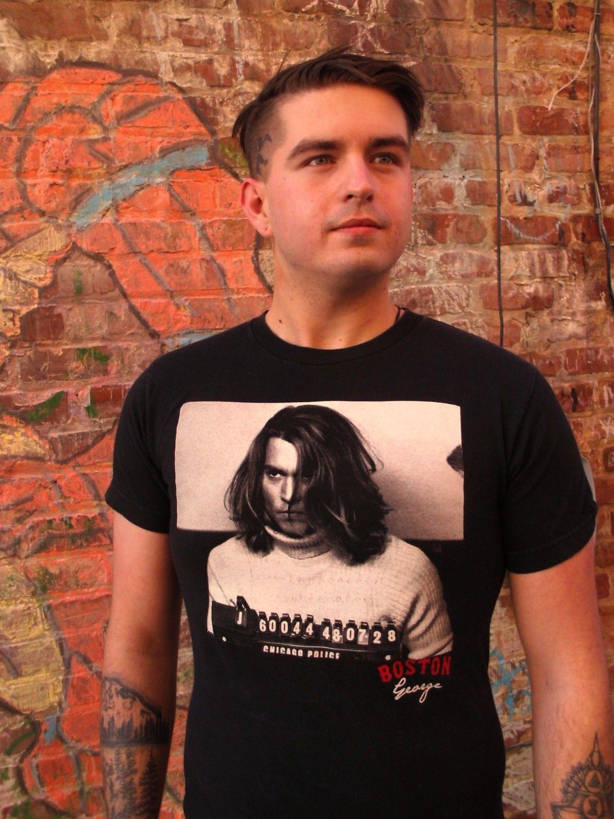 Возьмите Джонни Депп как Бостон Джордж в удар Кружка выстрел черный 100% хлопок Размеры S футболка