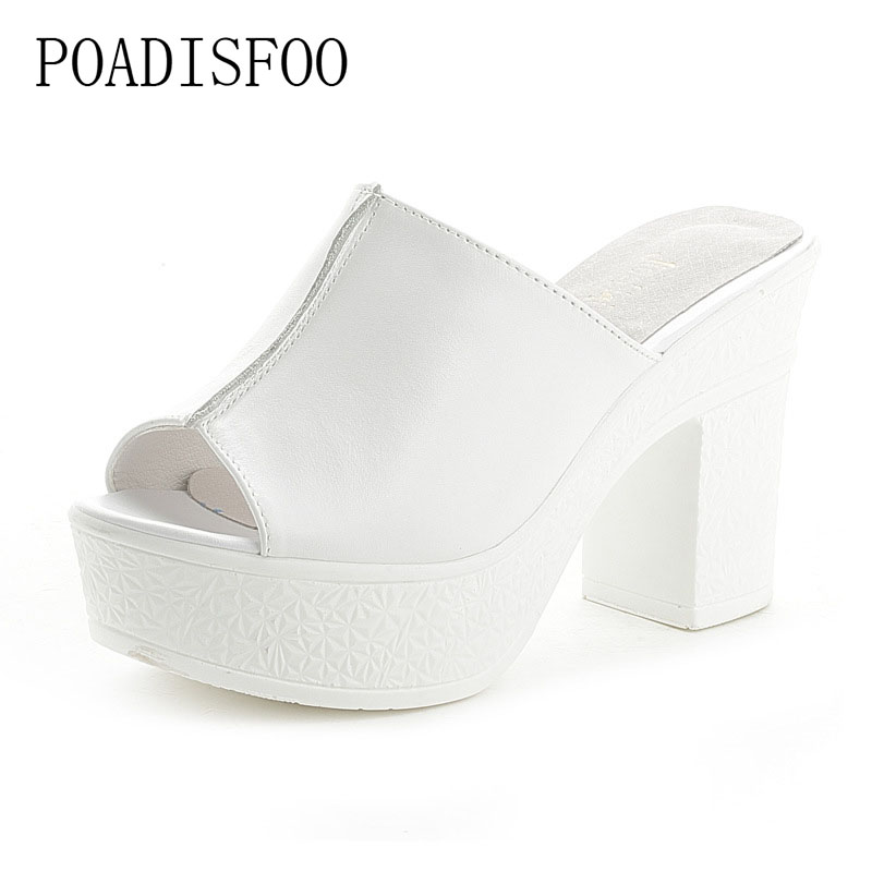 POADISFOO 2018 summer new United States fashion leather word cool slippers with fish mouth sandals female .LL-5777 in the summer of 2016 the new wedge heels with fish in square mouth denim fashion sexy female cool shoes nightclubs