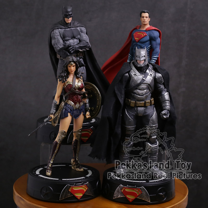Statue Model-Toy Collectible Pvc-Figure Dc Comics Batman/wonder Super-Hero Woman/superman title=