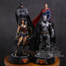 DC COMICS Super Hero Batman/Wonder Woman/Superman Patung dengan LED Light PVC Gambar Koleksi Model Toy(China)