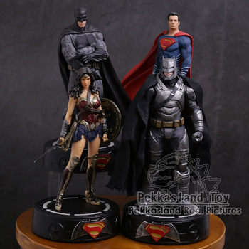DC COMICS Super Hero Batman / Wonder Woman / Superman Statue with LED Light PVC Figure Collectible Model Toy