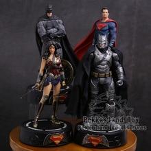 Dc comics super herói batman/mulher maravilha/superman estátua com luz led pvc figura collectible modelo de brinquedo