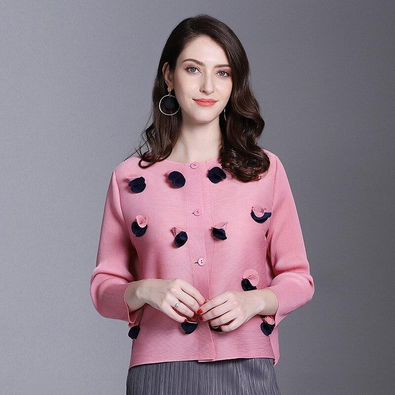 BONJEANpleated women s shirt 2019 spring and summer new wild shirt flowers sunscreen clothing temperament Vestidos