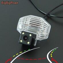 цена на BigBigRoad Car Intelligent Dynamic Tracks Rear View CCD Camera For Toyota Corolla Auris Blade 2007 2008 2009 2010 2011 2012 2013