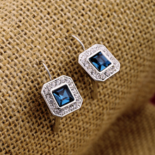 The sell like hot cakes square sapphire glass pendant womens earrings cadeau pour les femmes fille Gros